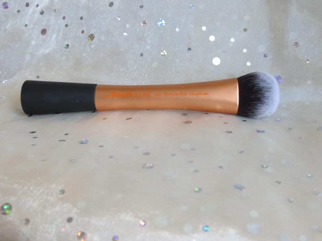 RT Face Brush