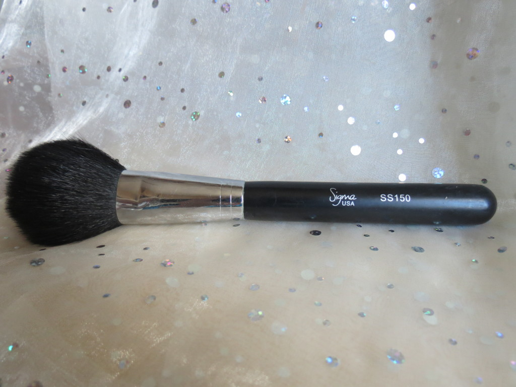 Sigma Powder Brush