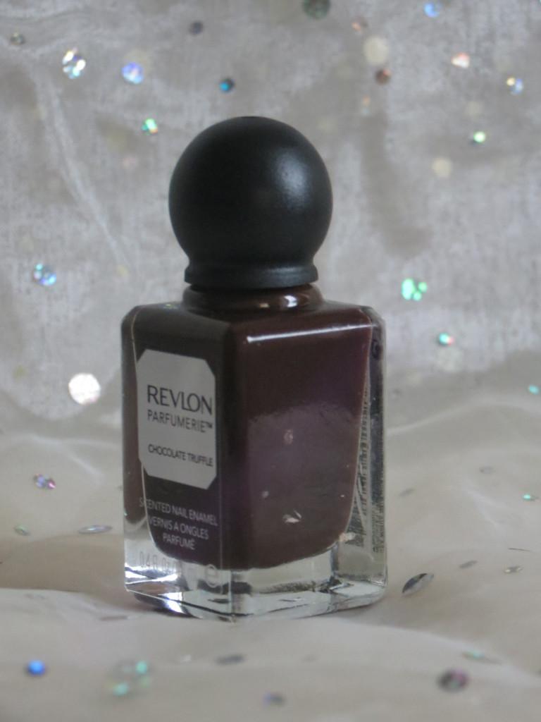 Revlon Parfumerie nail enamels chocolate truffle